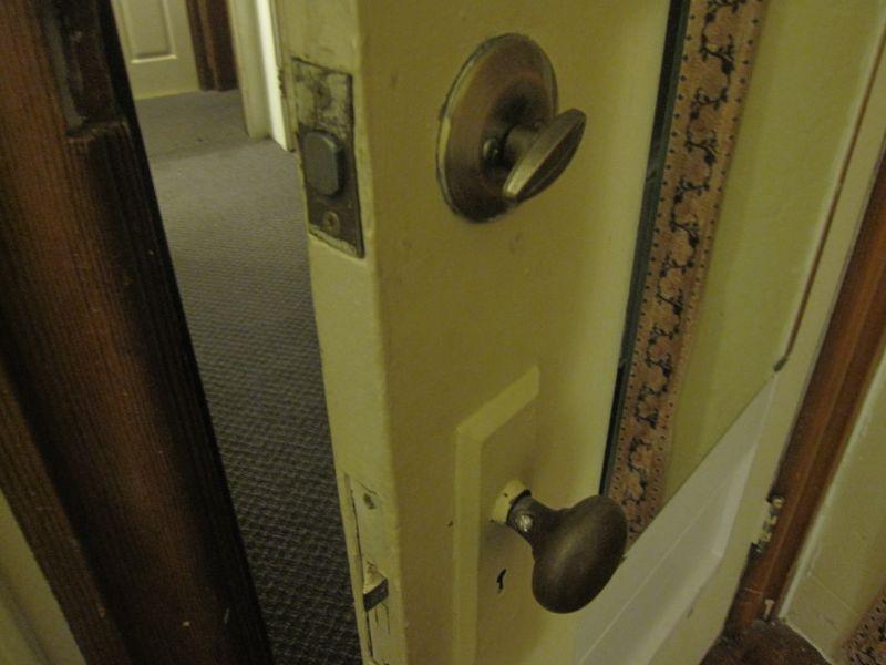 ドアはこんな感じ