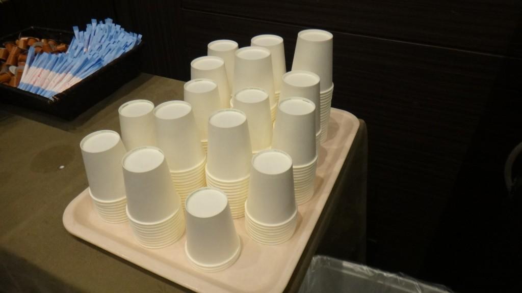 コーヒー用のカップ