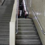 階段とエスカレータ